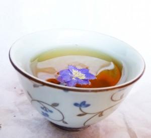 Blu-flower-tea2-300x275