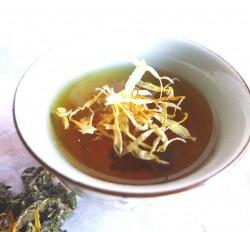 Calendula-tea-2-300×232